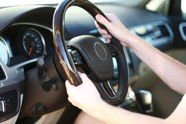 Best Aftermarket Steering Wheel Buying Guide