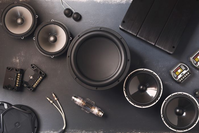 Benefits of a powered subwoofer